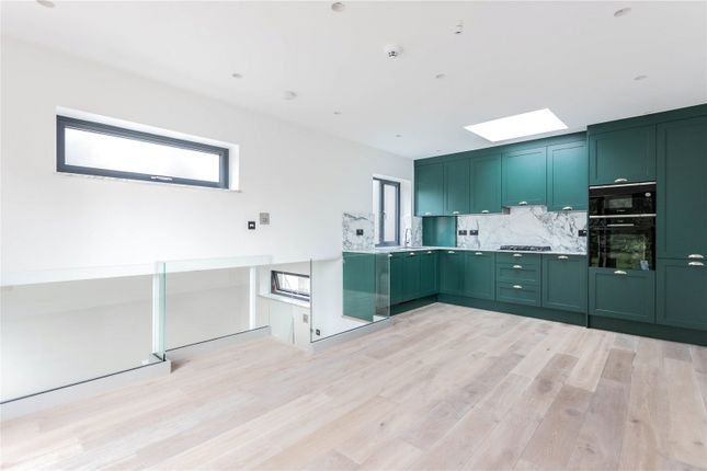 2 bed detached house for sale in Woodside Road, Wood Green, London N22