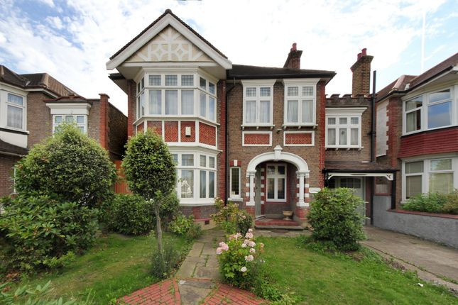 Thumbnail Detached house to rent in Gunnersbury Avenue, London