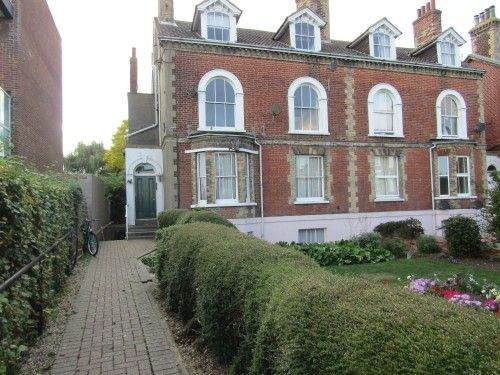 Thumbnail Flat to rent in Cliff Road, Dovercourt, Harwich