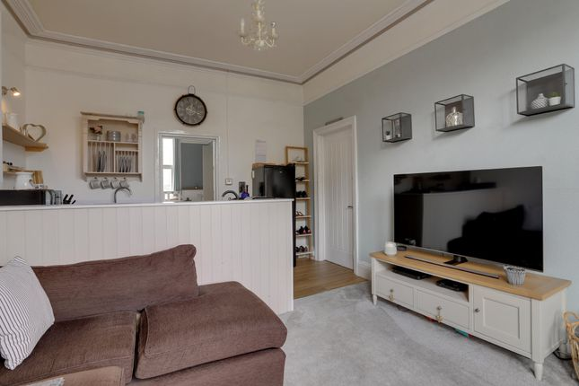 Living Area of Hermosa Road, Teignmouth TQ14