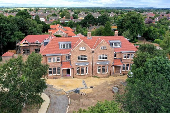 Thumbnail Flat for sale in Chesterfield House, Mill Lane, Norton