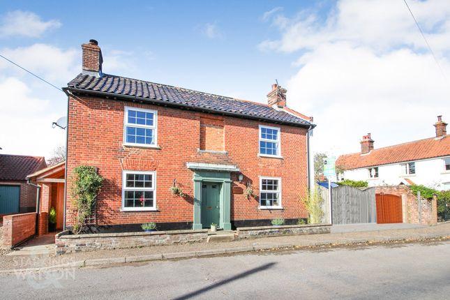Thumbnail Detached house for sale in Station Road, Foulsham, Dereham