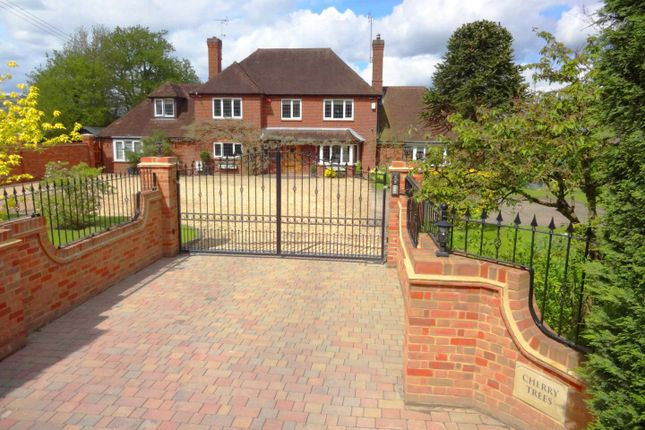 Thumbnail Detached house for sale in Forest Road, Wokingham, Berkshire