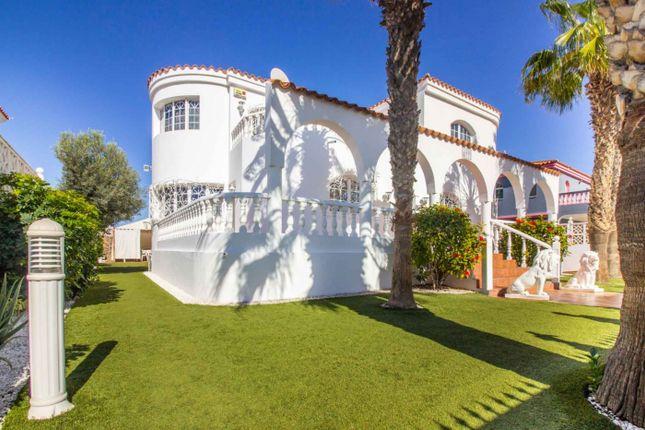 Thumbnail Villa for sale in Sonnenland, San Bartolome De Tirajana, Spain