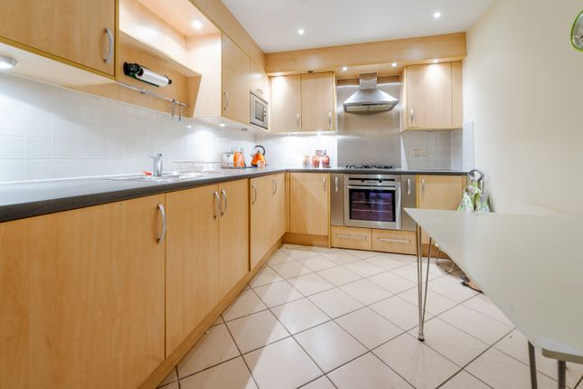 Flat for sale in Wadbrook Street, Kingston Upon Thames