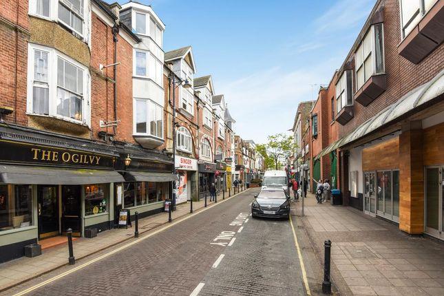 Thumbnail Retail premises to let in 43A Chertsey Road, Woking, 5Aj