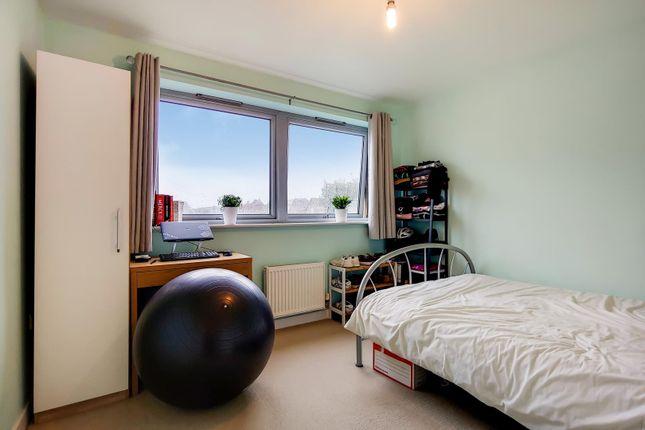 Bedroom 2 of Cosmopolitan Court, 67 Main Avenue, Enfield EN1
