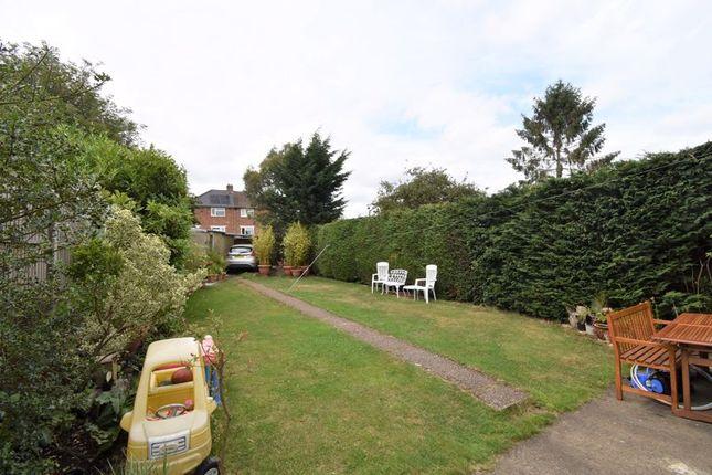 Photo 21 of Farley Hill, Luton LU1