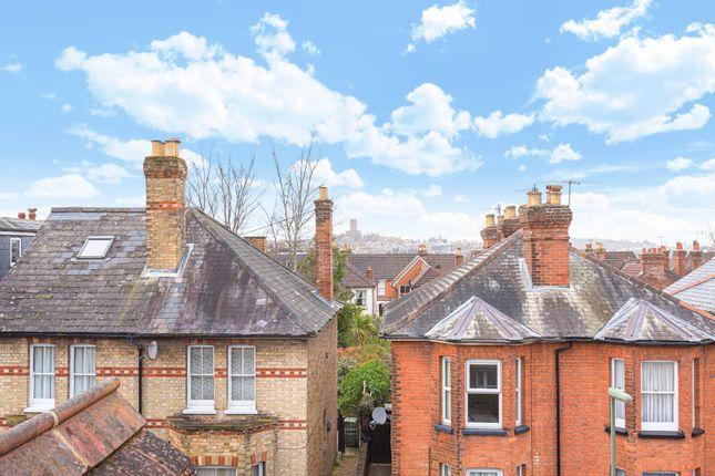 588298 (9) of Foxenden Road, Guildford GU1