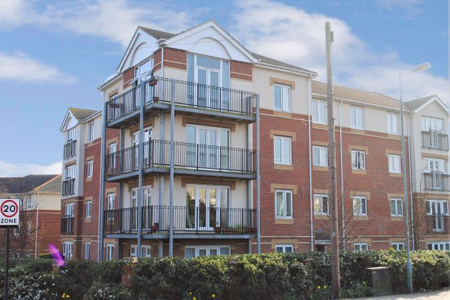 Thumbnail Flat to rent in West End Road, Southampton