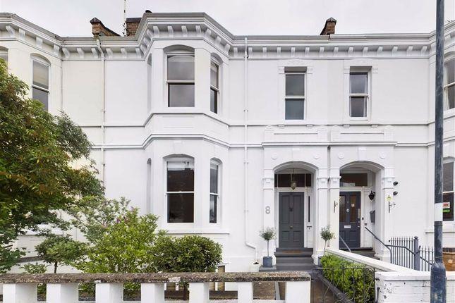 4 bed terraced house to rent in Heath Terrace, Leamington Spa, Warwickshire CV32