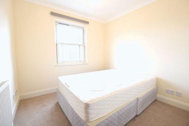 Flat to rent in Queenstown Place, Queenstown Road, Battersea