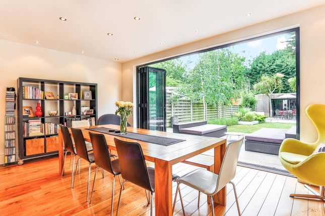 3 Bed Property For Sale In Northampton Road Croydon