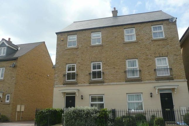 Thumbnail Town house to rent in Whittington Chase, Kingsmead, Milton Keynes