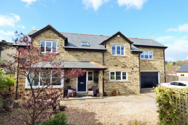 Thumbnail Detached house for sale in Sandals Mount, Baildon, Shipley