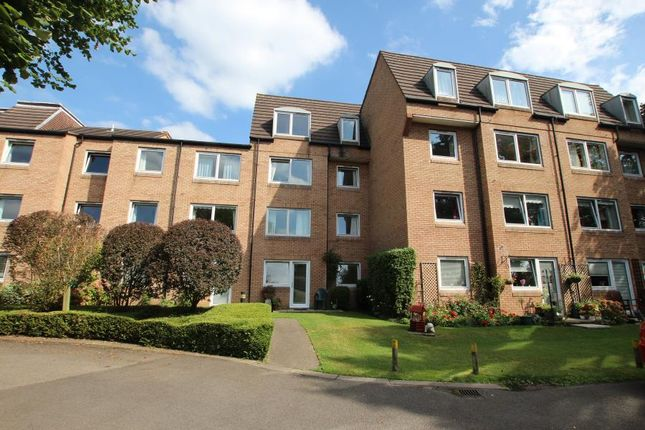 Thumbnail Flat to rent in Mount Hermon Road, Hook Heath, Woking