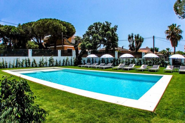 Thumbnail Hotel/guest house for sale in Marbella, Elviria, Costa Del Sol, Andalusia, Spain