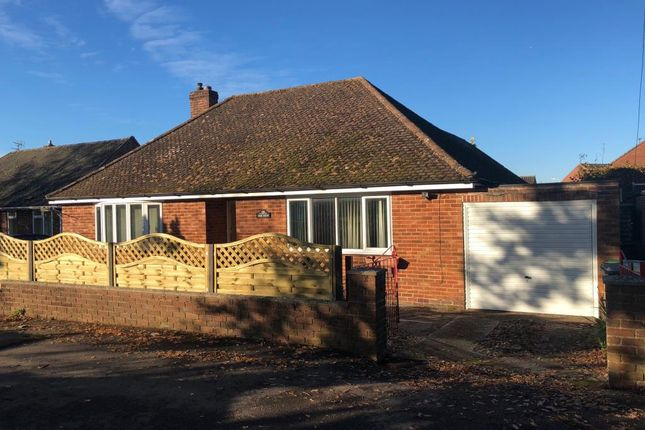 Thumbnail Detached bungalow to rent in Newbury, Berkshire
