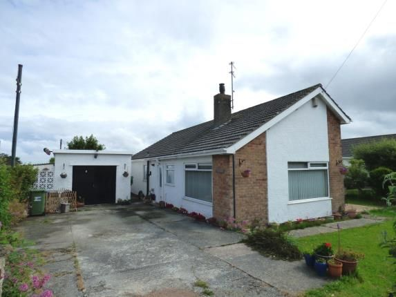 Thumbnail Bungalow for sale in Penrodyn, Valley, Holyhead, Sir Ynys Mon