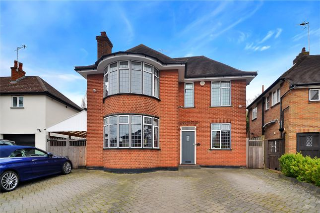 Thumbnail Detached house for sale in Woodland Drive, Watford