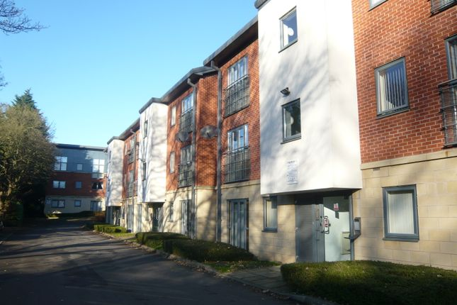 2 bed flat to rent in Stone Arches, York Road, Doncaster DN5