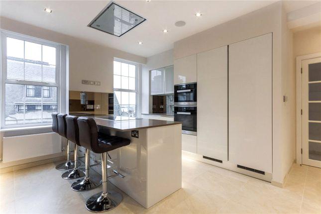 Thumbnail Flat to rent in Berkeley Court, Marylebone Road, London