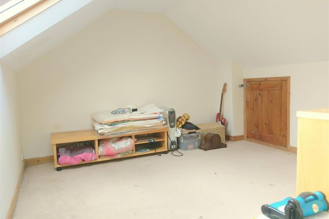 Loft Room2 of Parchment Street, Chichester PO19