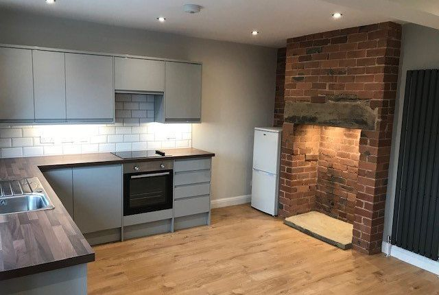 Thumbnail Terraced house to rent in Christ Church View, Armley, Leeds
