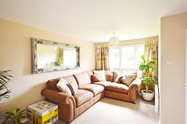 Thumbnail Flat for sale in Bembridge Place, Linden Lea, Garston, Hertfordshire