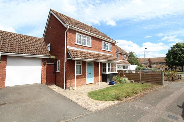 Link-detached house for sale in Weaver Close, Bedford