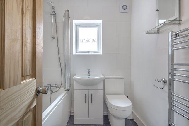 Bathroom of Salisbury Road, Reading, Berkshire RG30