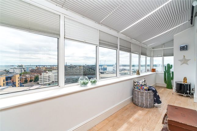 Flat for sale in Imperial Apartments, South Western House, Southampton