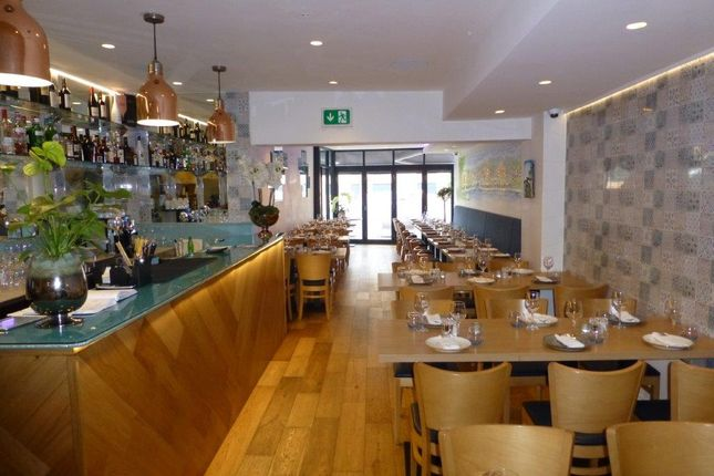Thumbnail Restaurant/cafe to let in Whetstone, London