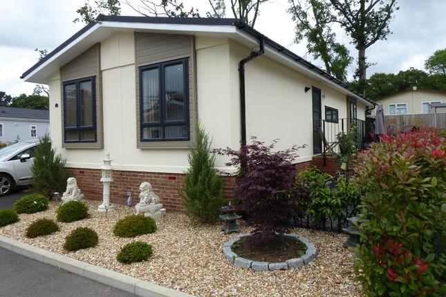 Thumbnail Mobile/park home for sale in Emms Lane, Brooks Green, Nr Horsham