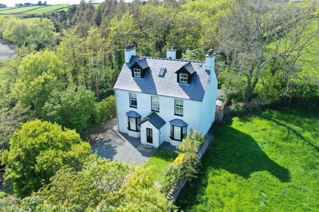 5 bed detached house for sale in brynsiencyn, anglesey, sir ynys mon ll61 - zoopla