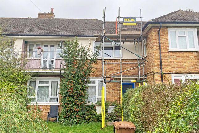 1 bed flat for sale in Chilmark Gardens, Merstham, Redhill RH1