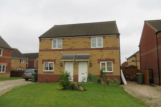 Thumbnail Semi-detached house to rent in Connaught Road, Scunthorpe