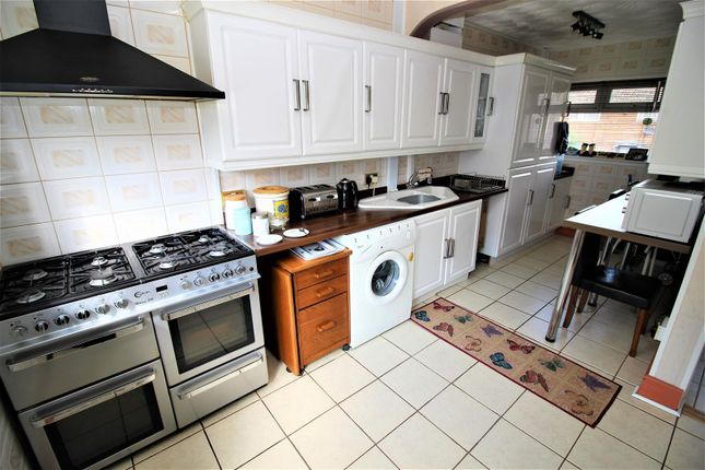 Img_9810 of Ramsbury Avenue, Penhill, Swindon SN2