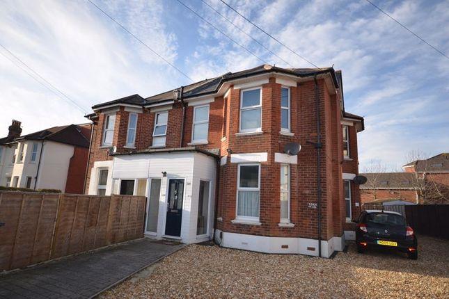 Studio to rent in Holdenhurst Road, Bournemouth BH8