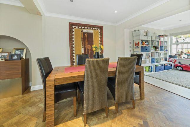 Picture No. 13 of Culverden Terrace, Oatlands Drive, Weybridge, Surrey KT13