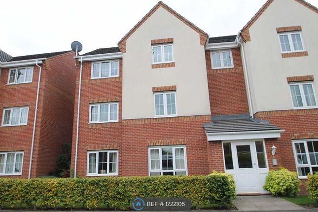 2 bed flat to rent in Unitt Drive, Cradley Heath B64