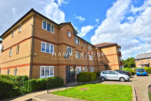 2 bed flat for sale in Harrier Way, London E6