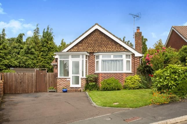 Thumbnail Bungalow for sale in Bitterne Village, Bitterne, Southampton