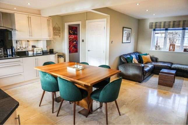 Thumbnail Detached house for sale in Birch Cliff, Baildon