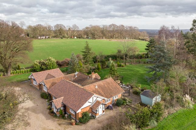 Thumbnail Cottage for sale in Sudbury Road, Downham, Billericay