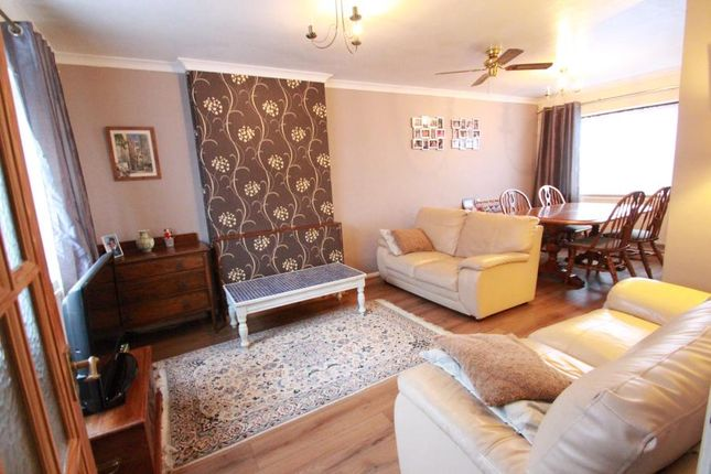Thumbnail Semi-detached house to rent in Quickthorn Crescent, Chatham, Kent