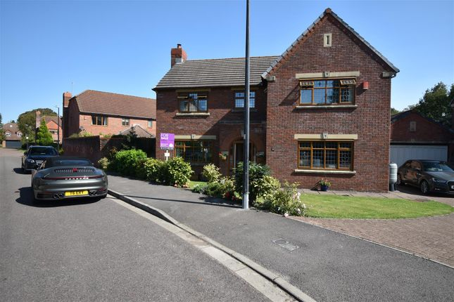 Thumbnail Detached house for sale in Fitzharding Road, St Katherine's Park, Ham Green