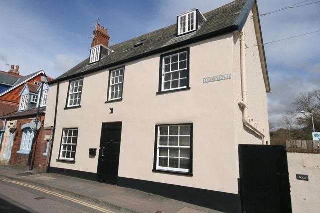 Thumbnail Flat to rent in Fore Street, Topsham, Exeter