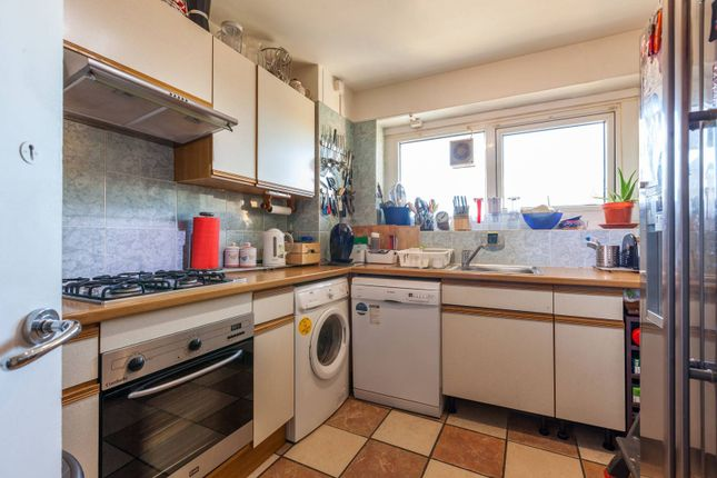 Thumbnail Flat for sale in Godolphin House, Tulse Hill, London