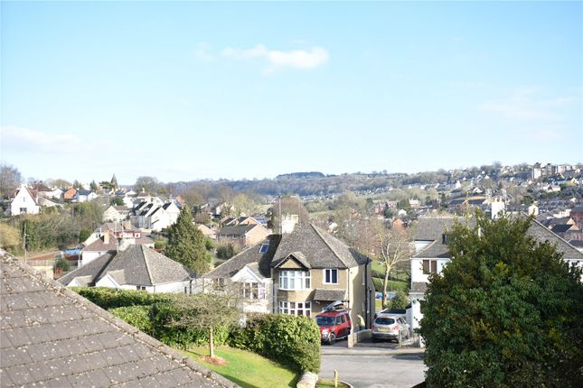 Picture No. 14 of Folly Lane, Stroud, Gloucestershire GL5